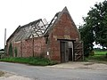 Roofless old red-brick barn - geograph.org.uk - 911166.jpg