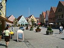 Roth (Mittelfranken) Marktplatz 2005.JPG
