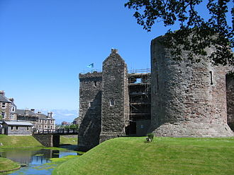 County of Bute - Image: Rothesay Castle NW