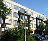 foto van Woonblok met 48 portiek-etagewoningen en maisonettes in Nieuw Zakelijke stijl