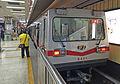 S421 at Dawanglu Station (20160428185218).jpg