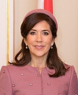 Saeimas priekšsēdētāja Ināra Mūrniece tiekas ar Dānijas kroņprinci un kroņprincesi (32330476388).jpg