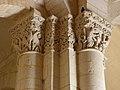 Saintes (17) Basilique Saint-Eutrope Intérieur Chapiteau 04.JPG