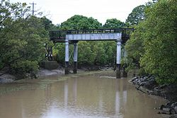 Saltwater Creek Railway Bridge (2009).jpg