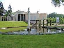 Sommerwohnsitz des Kronprinzen: Schloss Charlottenhof, Ort der Abendgesellschaften (Quelle: Wikimedia)