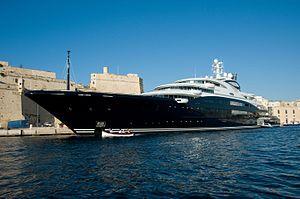 SERENE Yacht Charter Price - Fincantieri Luxury Yacht Charter
