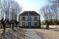 Serville mairie Eure-et-Loir France.jpg