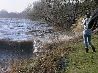 Severn bore - This bore, near the Severn Bore Inn, was smaller than predicted.