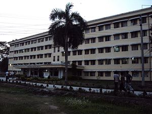 Rajshahi University of Engineering & Technology - Image: Shahid Zia Hall