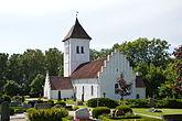 Fil:Skarhults kyrka 2014.JPG