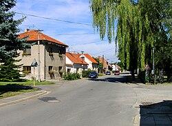 Sluhy, Road from Prague.jpg