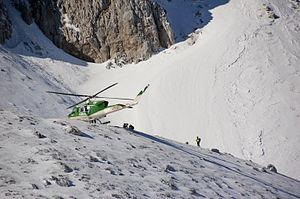 Soccorso alpino CFS CNSAS Terminillo 2012 09.jpg