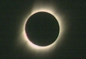 Solar eclipse 2006-03-28, The sun's corona, or...