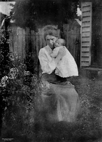 File Statelibqld 1 128146 Pioneer Woman Holding A Baby At