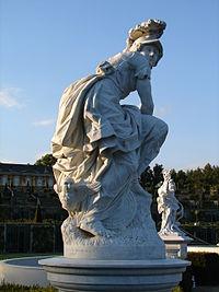Statue athena minerve sanssouci Potsdam.JPG