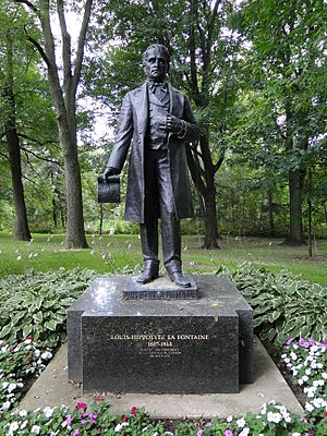 Boucherville - Statue of Louis-Hippolyte Lafontaine in Boucherville