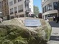 Stein des Anstoss Herford Linnebauerplatz.jpg