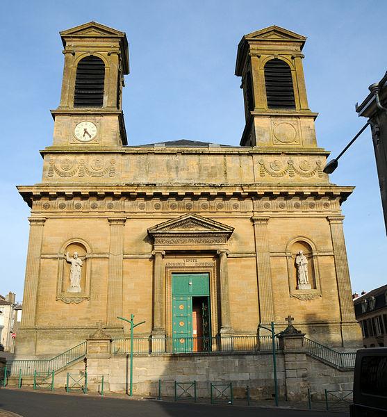 Église Saint-Grégoire à  Stenay .