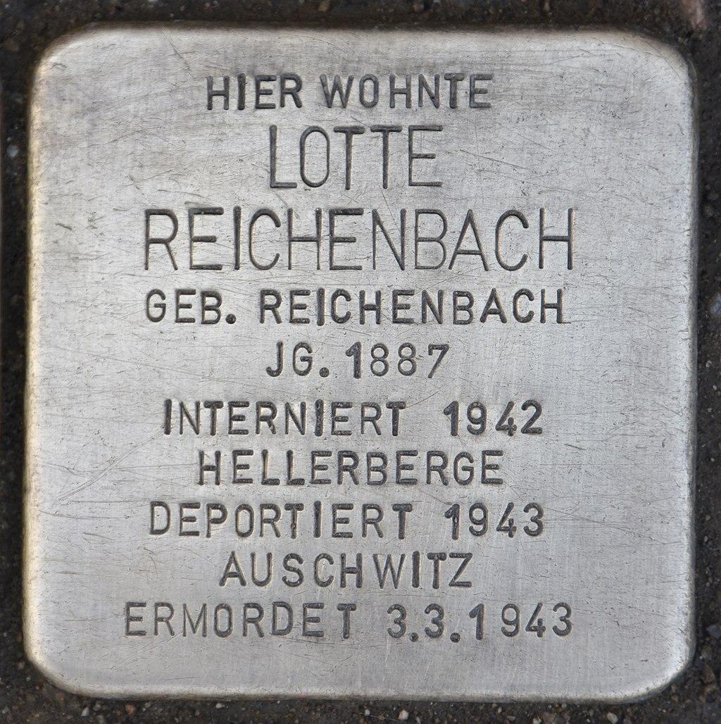 Stolperstein für Lotte Reichenbach.jpg