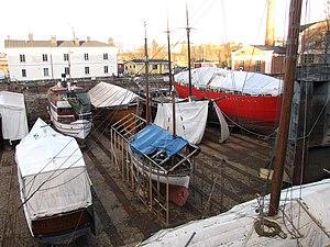 Suomenlinnan telakka talvella 2.JPG