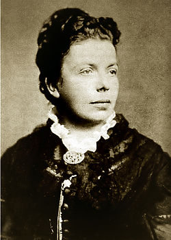 http://upload.wikimedia.org/wikipedia/commons/thumb/d/d4/Suzannah_Ibsen.jpg/250px-Suzannah_Ibsen.jpg