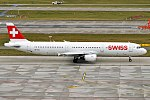 Swiss, HB-IOC, Airbus A321-111 (31419354015) (2).jpg