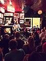 Temple Bar Dublin Live Musik (22178475595).jpg