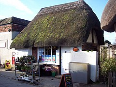 Thatched Post Office - geograph.org.uk - 311374.jpg