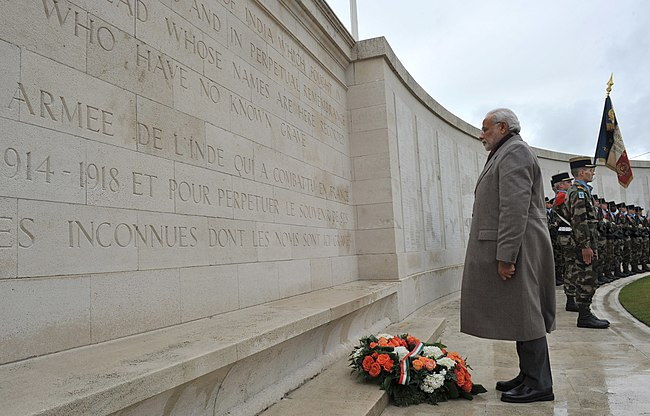 The Prime Minister, Shri Narendra Modi paying homage at the World War I Memorial, in Neuve-Chapelle, France on April 11, 2015 (2).jpg