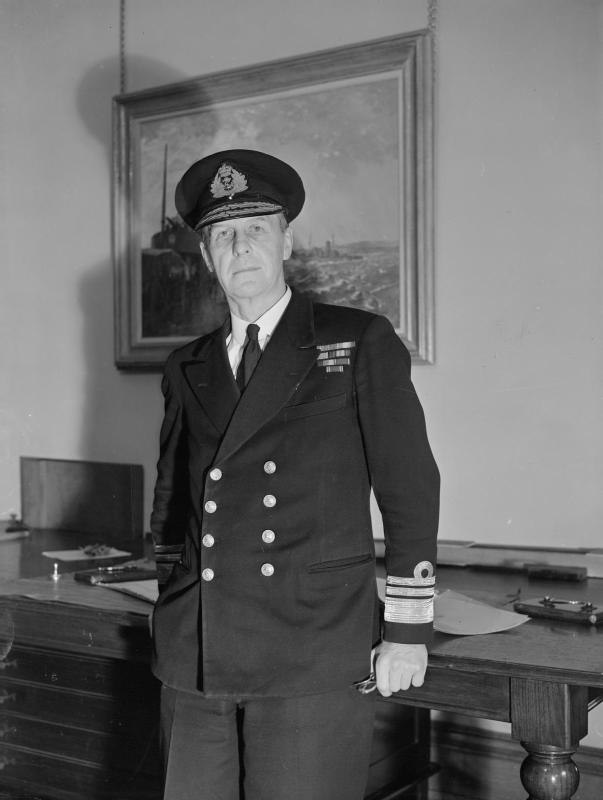 The Third Sea Lord. January 1944, Admiralty. Vice Admiral Sir W Frederic Wake-walker, Kcb, Cbe, Third Sea Lord and Controller. A23581