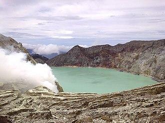 Ijen - Image: The cauldron of Ijen Mountain, Indonesia