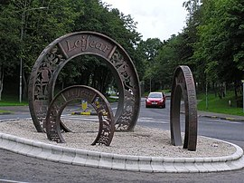 Three Coins sculpture, Lifford - geograph.org.uk - 1410975.jpg