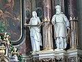 Toblach - Pfarrkirche - Hochaltar 2 - Elisabeth und Abraham.jpg