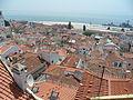Toit de l'alfama portugal vue depuis la porte du soleil.JPG