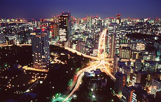 Transport in Greater Tokyo - Tokyo streets at night