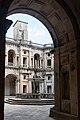 Tomar-Convento de Cristo-Claustro dos Felipes-Patio-20140914.jpg