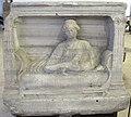 Tomis, parte superiore di monumento funerario, II sec.JPG