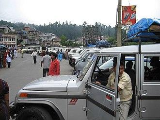 Mirik - Tourist vehicles at Mirik.