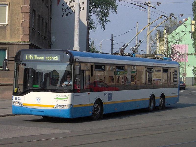 http://upload.wikimedia.org/wikipedia/commons/thumb/d/d4/Trol_Solaris_Trollino_15_Ostrava.jpg/800px-Trol_Solaris_Trollino_15_Ostrava.jpg
