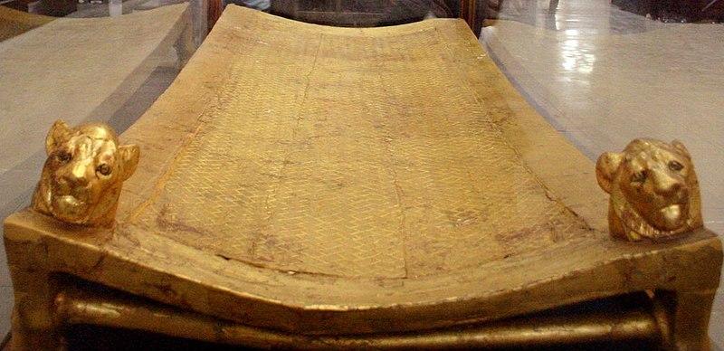 File:Tutankhamun's bed (Cairo Museum).jpg
