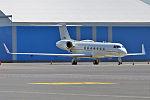 U.S. Air Force, 01-0550, Gulfstream G550 (17554863163).jpg