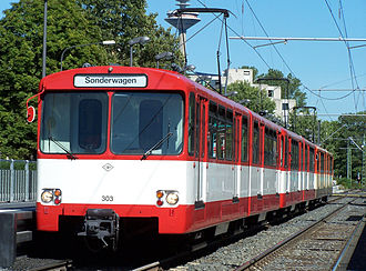Frankfurt U-Bahn - U2 car 303 in original livery