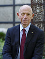 UNSW Vice-Chancellor Fred Hilmer sitting.jpg