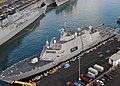 US Navy 100706-N-6274T-026 USS Freedom (LCS 1) is moored in Pearl Harbor preparing for Rim of the Pacific (RIMPAC) 2010 exercises.jpg