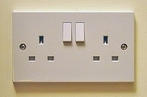 Electrical wiring in the United Kingdom - British 13 A double socket