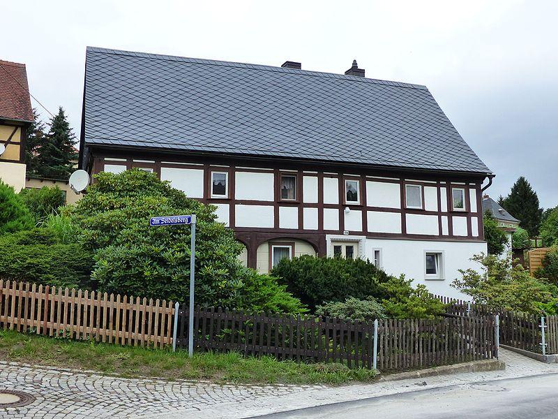 File:Umgebinde Hauptstraße 124 Bertsdorf.jpg