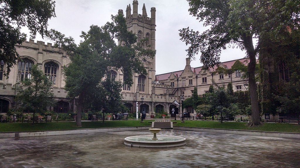 University of Chicago main quadrangles.jpg