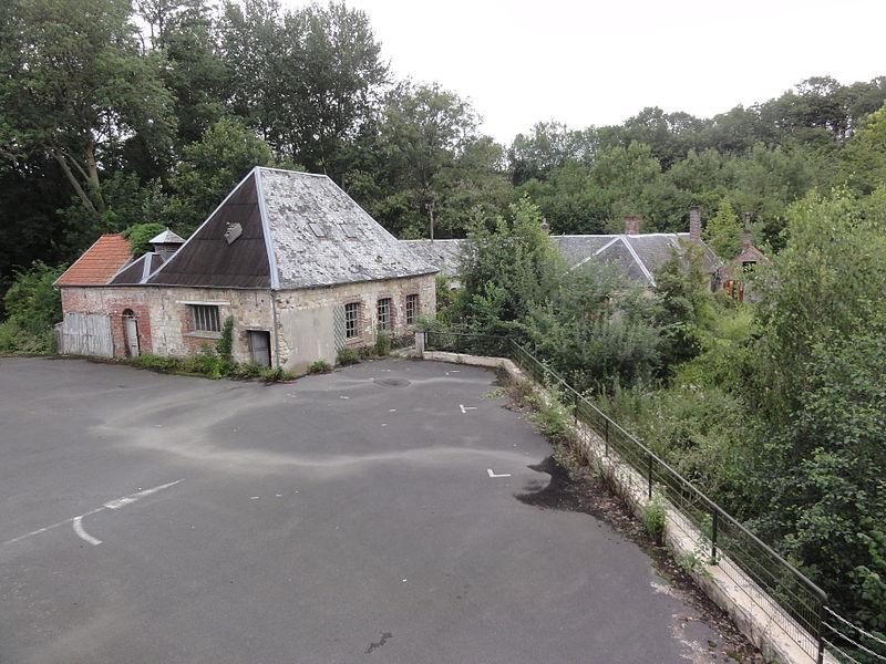 Vadencourt (Aisne) abbaye de Bohéries 01 ferme
