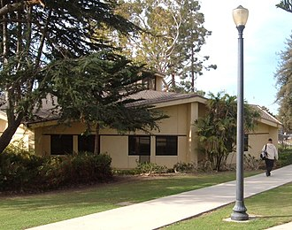 Ventura College - Image: Vc guthrie hall