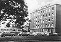 Veseli nad Moravou- Hotel Rozkvet and cars (2978801012).jpg